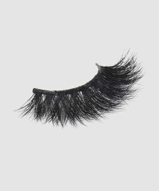 Natural Looking 5D Mink False Eyelashes Easy Application and Unparalleled Comfort L56