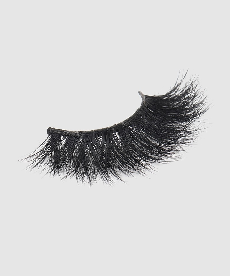 5022d7b862c Natural Looking 5D Mink False Eyelashes Easy Application and Unparalleled  Comfort L56